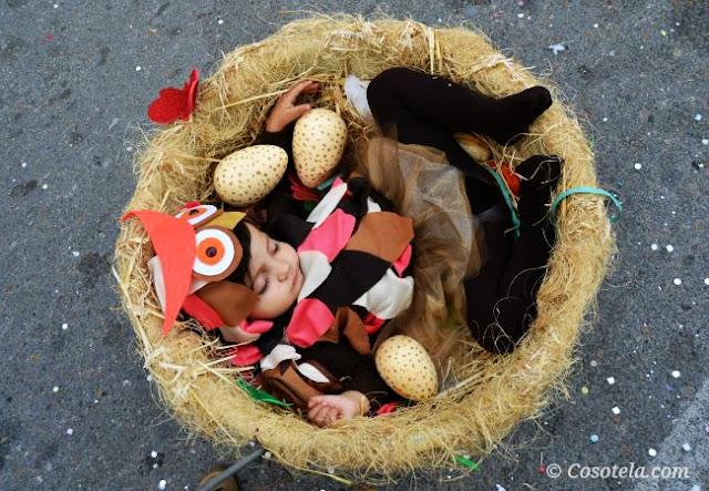 disfraz-búho-desfile-carrozas-2015-Puerto Lumbreras.