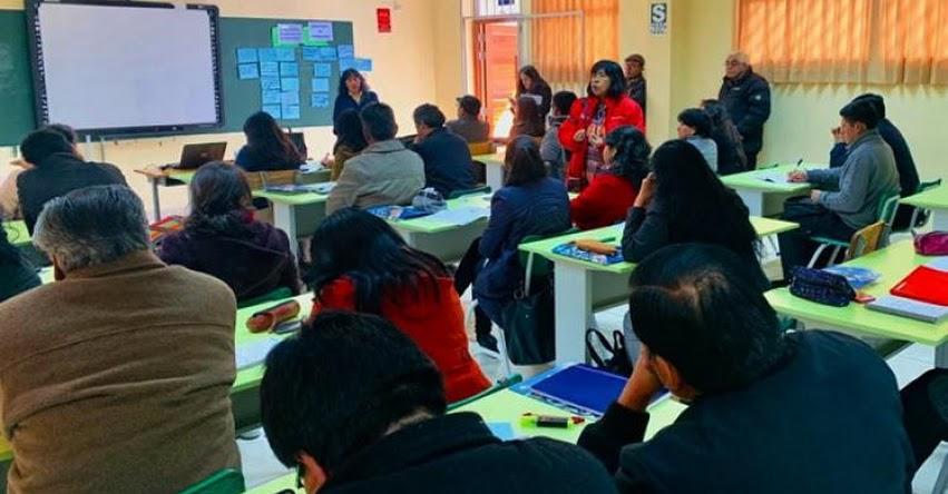 MINEDU capacita a 3 mil especialistas para implementar el Currículo Nacional - www.minedu.gob.pe