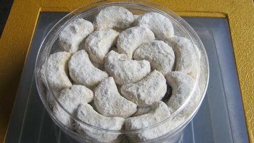 Resep kue putri salju dan cara memasaknya