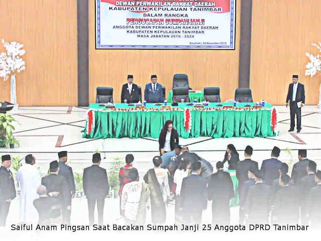 Saiful Anam Pingsan Saat Bacakan Sumpah Janji 25 Anggota DPRD Tanimbar