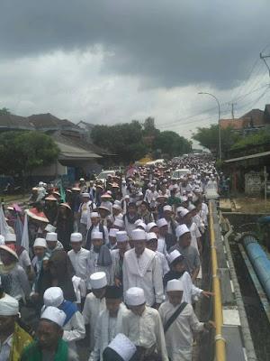 aksi bela islam asal ciamis jalan kaki