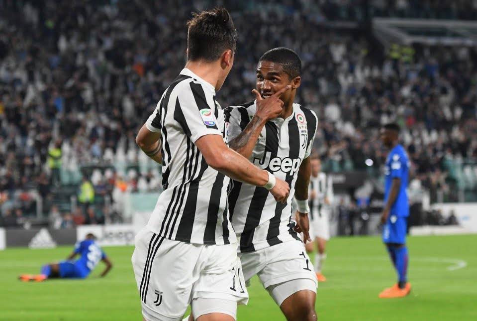 Juventus Bologna: splende Douglas Costa che spinge la Juve al 7° scudetto. +7 al Napoli in classifica