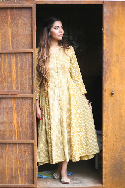 indian outfit, street style outfit, indian street style outfit, crow, indian earrings, how to style cotton kurta, delhi blogger, festive outfit, delhi fashion blogger, fashion, Casual Diwali Outfit, street style india, casual street style outfit, ,beauty , fashion,beauty and fashion,beauty blog, fashion blog , indian beauty blog,indian fashion blog, beauty and fashion blog, indian beauty and fashion blog, indian bloggers, indian beauty bloggers, indian fashion bloggers,indian bloggers online, top 10 indian bloggers, top indian bloggers,top 10 fashion bloggers, indian bloggers on blogspot,home remedies, how to