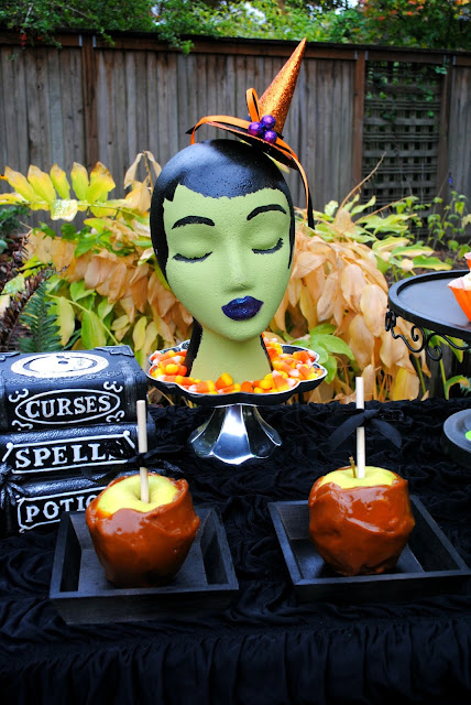 Halloween-dessert-table-caramel-apples- witch- party