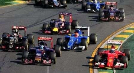 Il proprietario della Formula 1 vuole le dirette streaming.
