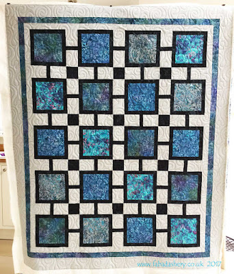 Blue Square Quilt, made by Sue , quilted by Frances Meredith