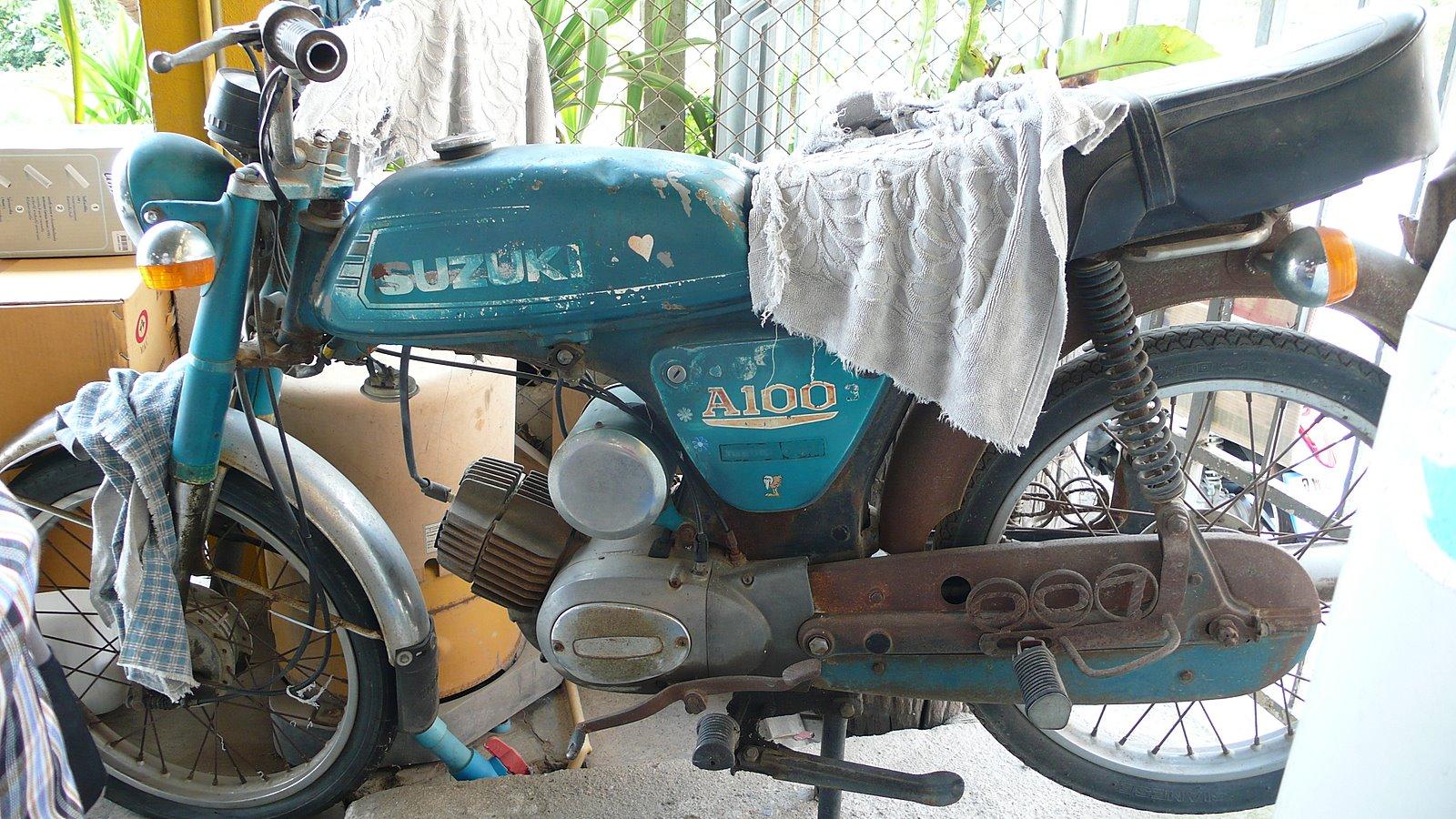 Als Rentner In Thailand Alte Mopeds