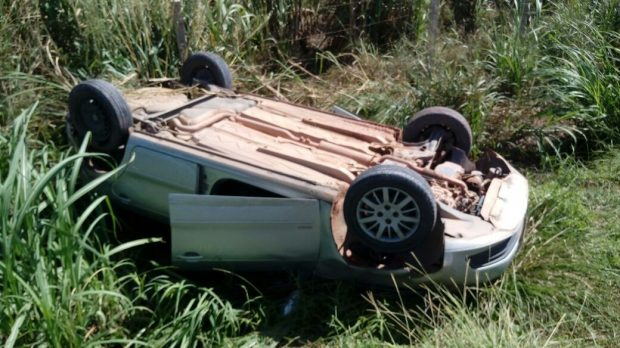 http://www.blogdofelipeandrade.com.br/2017/06/padre-de-pitimbu-se-envolve-em-acidente.html