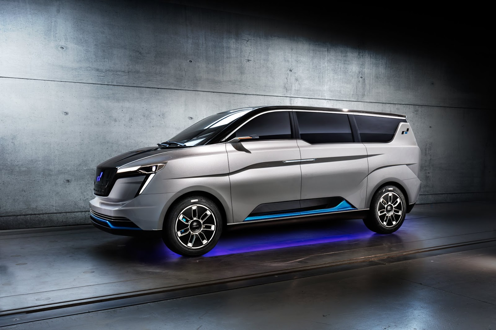 W Motors Designed Iconiq Seven Concept Debuting In