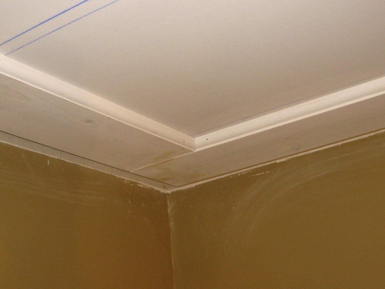 Ceiling trim, Ceilings and Flats on Pinterest