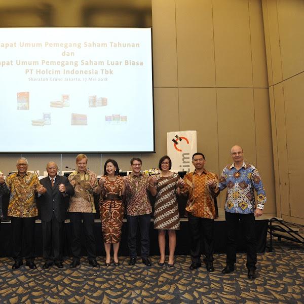 Pemaparan Publik Tahunan dan Pengembangan Inovasi Produk Holcim Indonesia