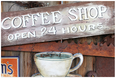 5 Tips Pintar Saat Ngopi di Kedai Kopi Coffee Shop Cafe