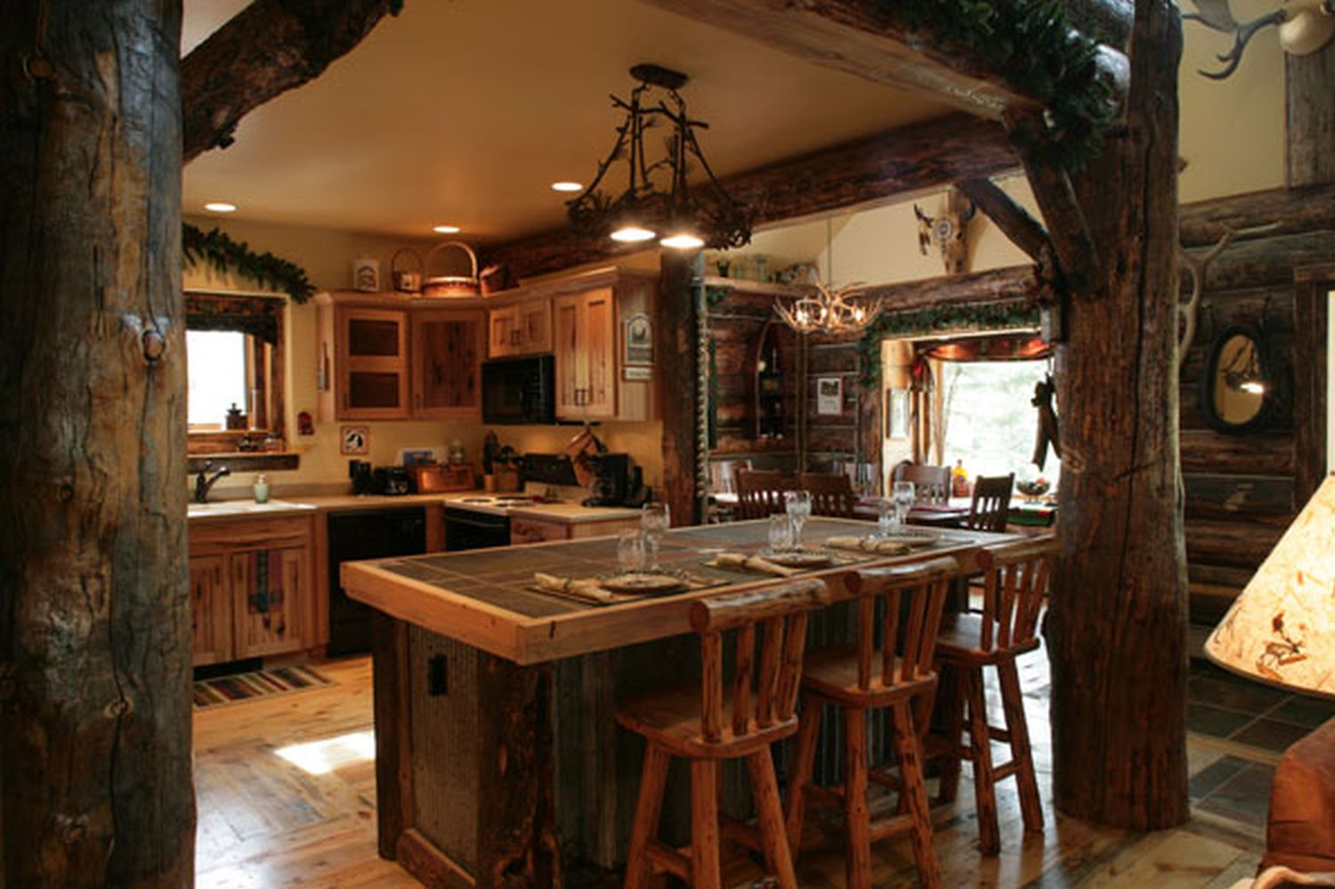 15 Traditional & Rustic Warm Interior Wood Decorating ... on Traditional Rustic Decor  id=37694