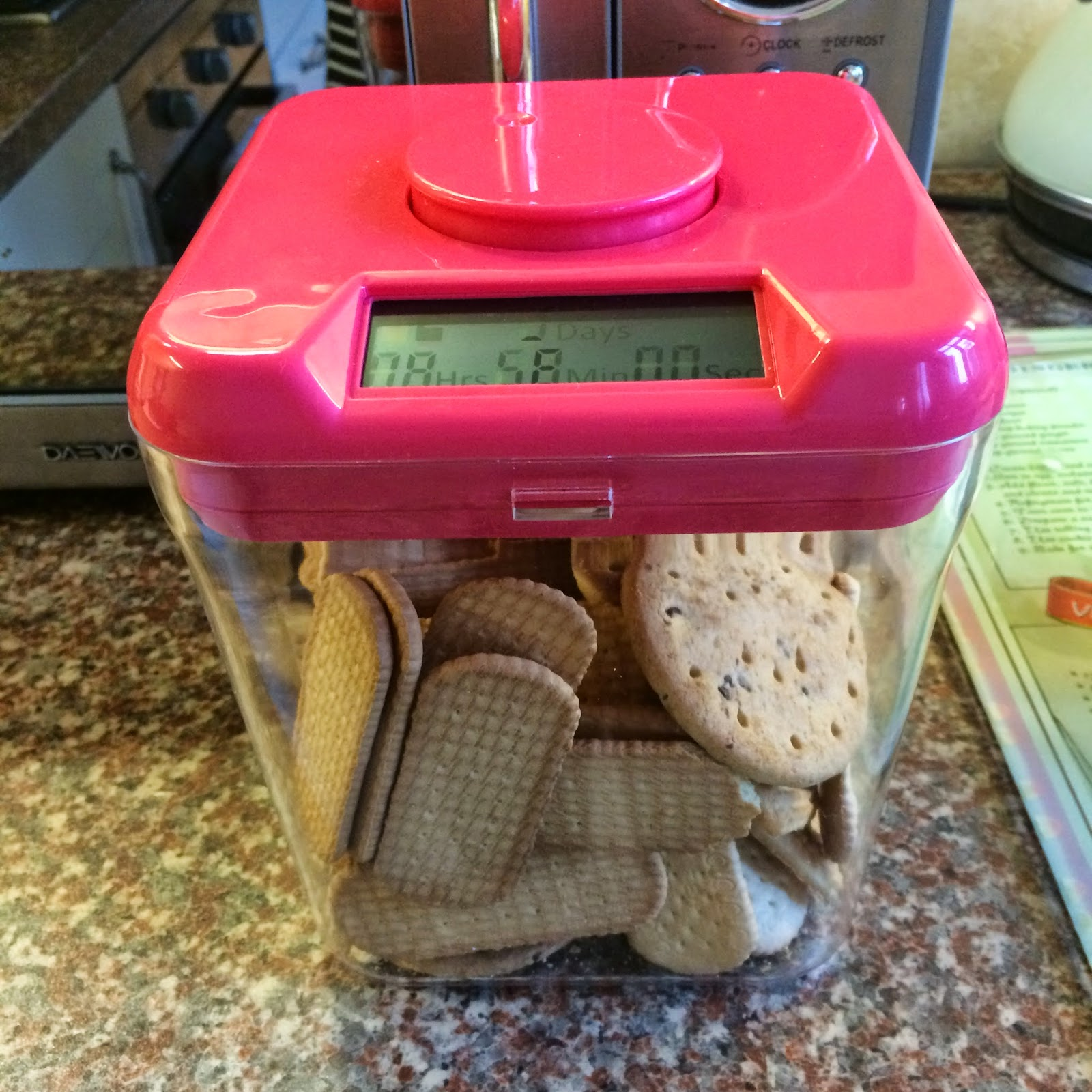 Mrs Bishop's Bakes and Banter: Weight Loss Update and Kitchen Safe *REVIEW*