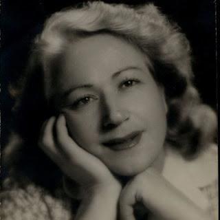 Matilde Alba Swan