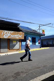 Man crossing street in Santiago de Puriscal