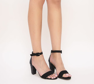 sandale negre din piele eco intoarsa cu toc gros si gliter