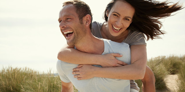 hubungan cinta yang bahagia