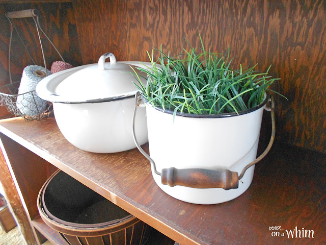 Vintage Enamelware Bucket Planter | Denise on a Whim