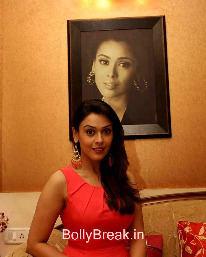 Hrishitaa Bhatt, Hrishitaa Bhatt Pics from 'Miss Tanakpur Haazir Ho' Press Meet