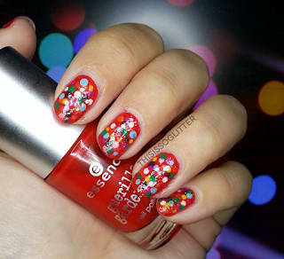 christmas blurred lights nails