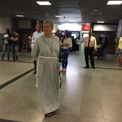 Aeropuerto de Salvador de Bahía. SSA. monjes