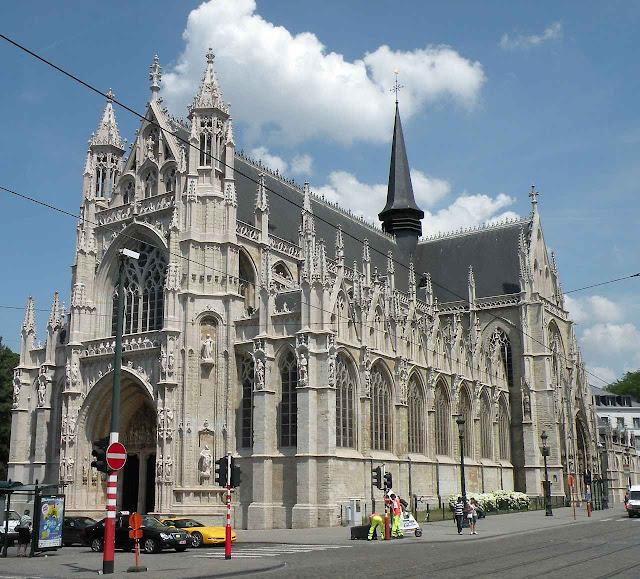 Notre Dame du Sablon, uma das mais belas igrejas paroquiais de Bruxelas.