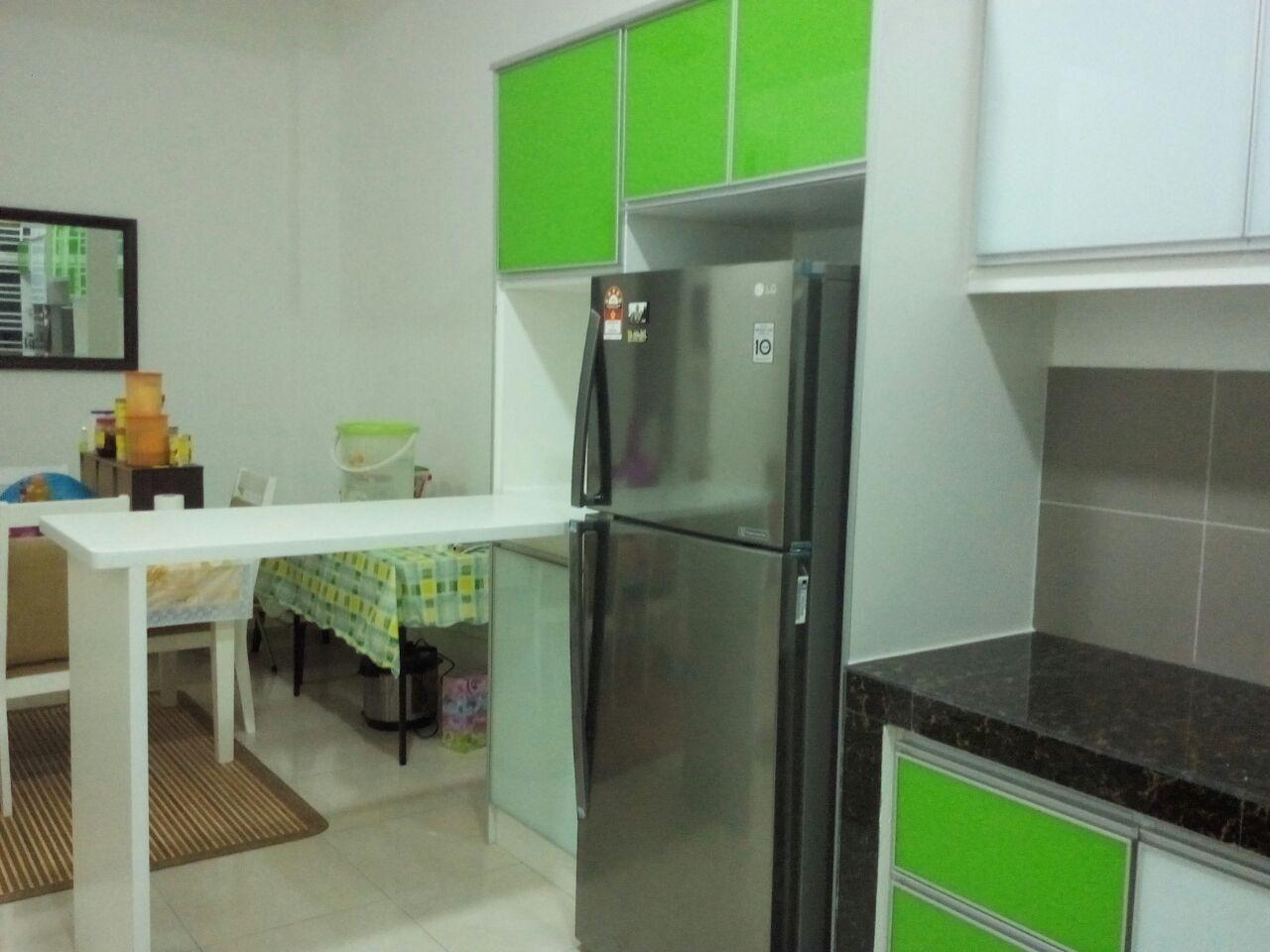 kabinet dapur terus dari kilang Kabinet dapur hijau bukit