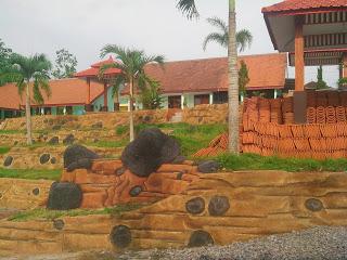Halaman tengah gedung baru SMK Muhammadiyah 6 Donomulyo Malang