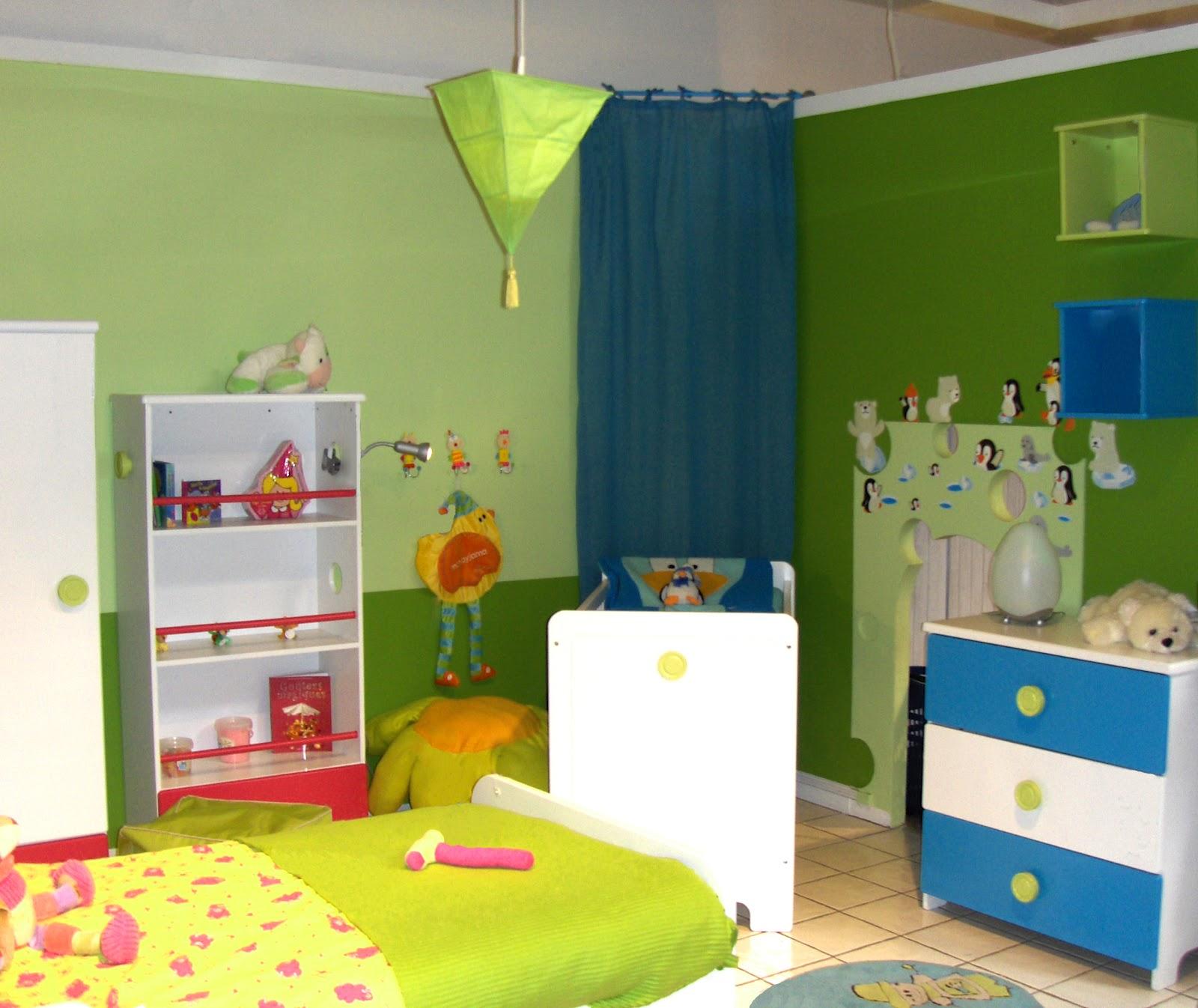emejing decoration chambre garcon 3 ans images. Black Bedroom Furniture Sets. Home Design Ideas