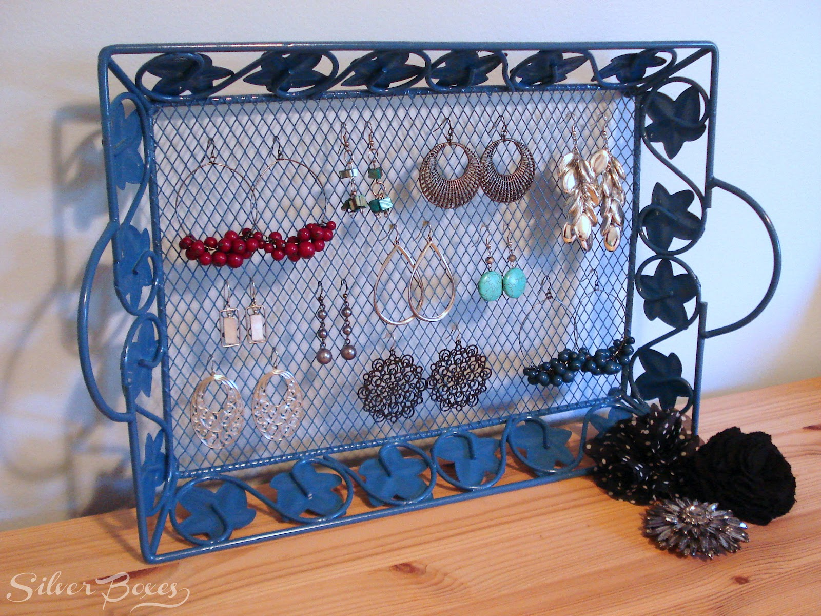 Silver Boxes: Thrifty Makeovers {Earring Tray & Basket}
