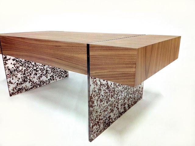 """""""Truciolo"""", tavolino progettato e realizzato da Bergo Marco."""