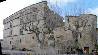 Castillo de Gordes, fachada Sur.
