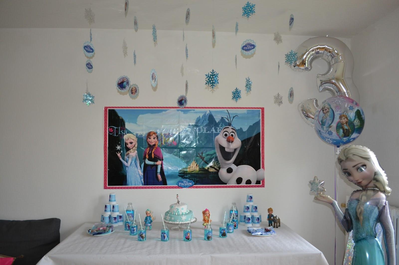 Decoration gateau reine des neiges auchan for Decoration porte reine des neiges