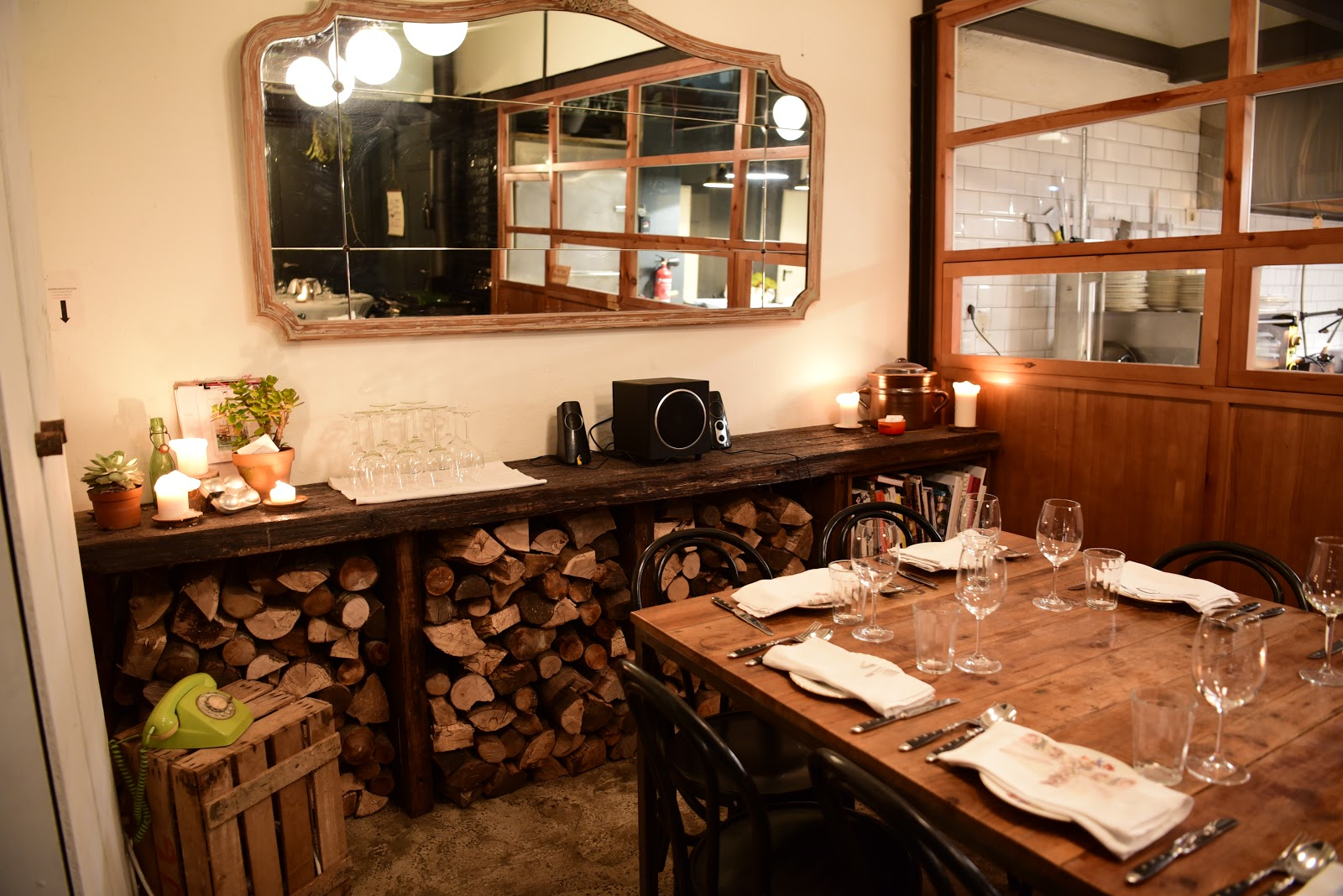 hedofoodia rooftop smokehouse barcelone. Black Bedroom Furniture Sets. Home Design Ideas
