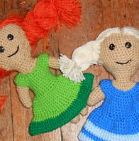 http://www.ravelry.com/patterns/library/anna-and-elsas-dolls