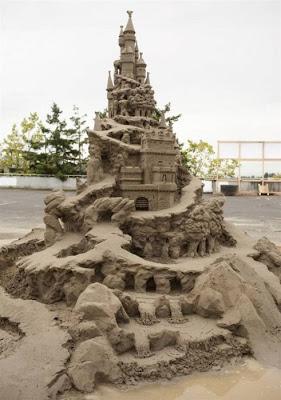 Escultura de arena monumental
