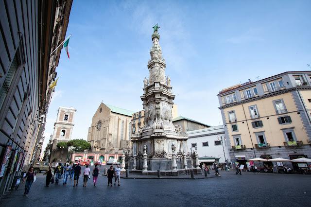 Piazza del Gesù nuovo-Napoli