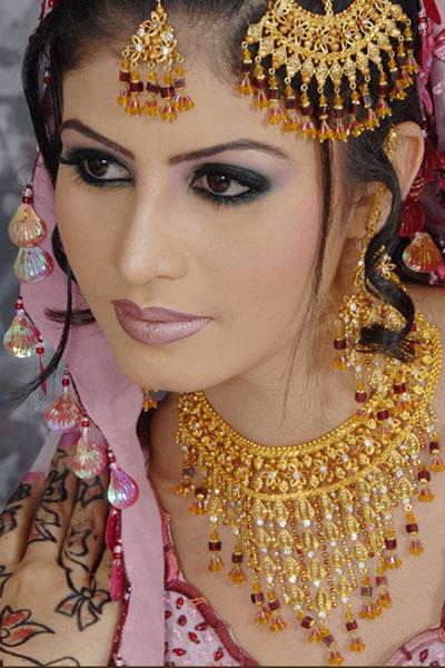 pakistani bridals makeup bright bridal jewelry