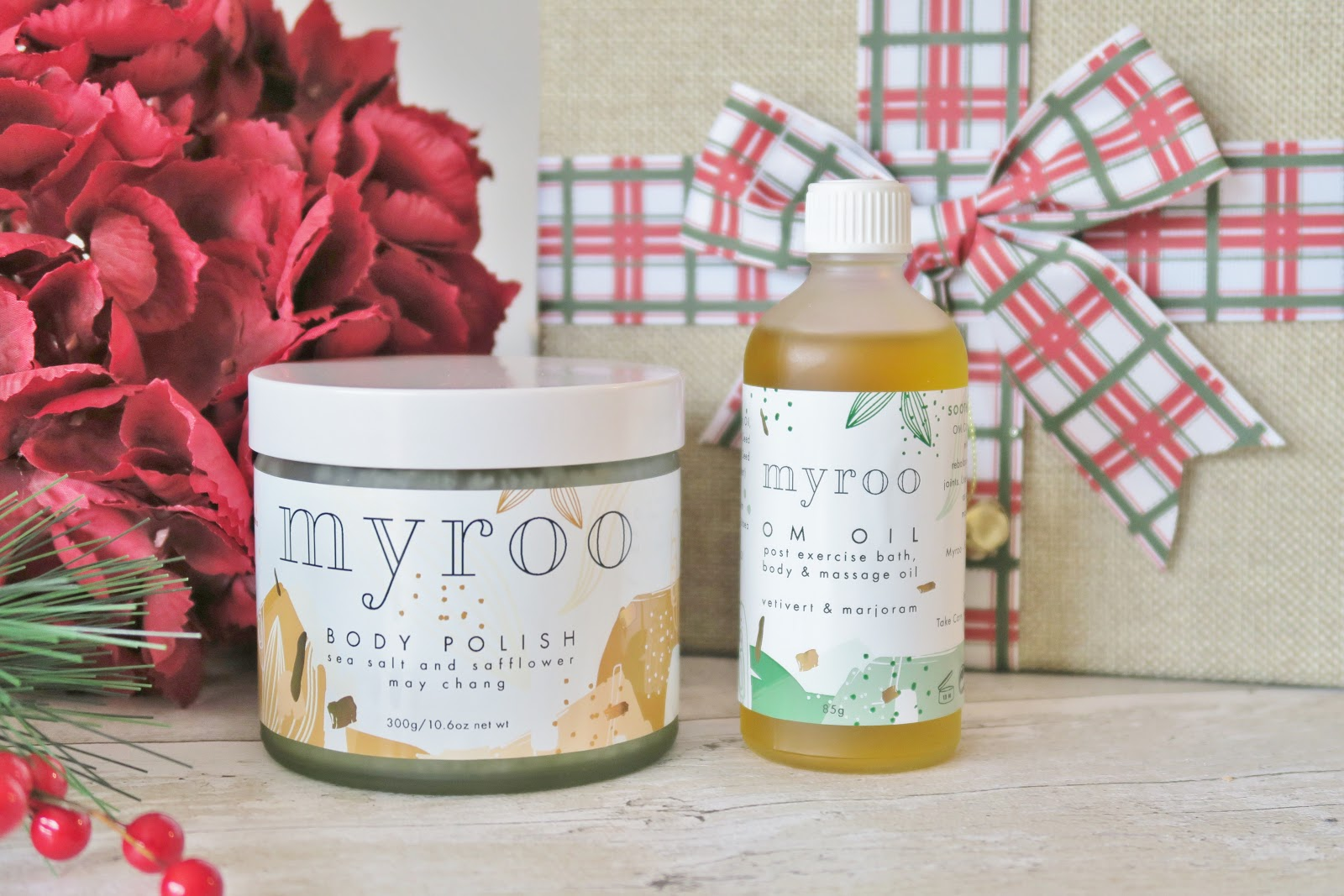 Natural & Organic Christmas Gift Guide - This Natural Bee - Myroo Skincare