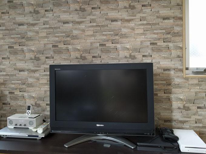 古い液晶テレビ
