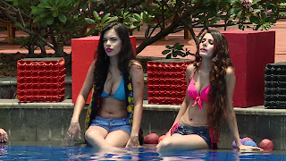 13 Splitsvilla 9 Girls bikini Boobs.jpg
