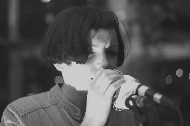 Emma Lohan - Wander Free