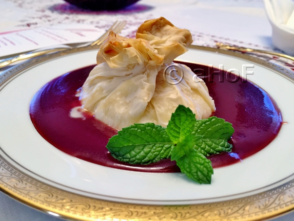 Brie in Phyllo with Raspberry Sauce