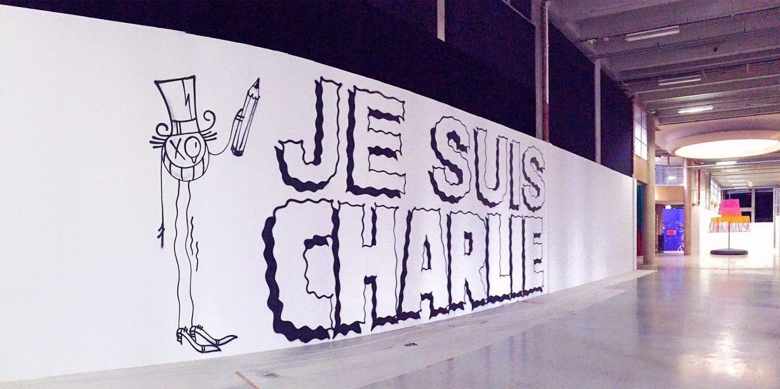 Last week in Paris, after the Charlie Hebdo massacre, a bunch of Parisian artists teamed up to work on several tribute pieces at the Palais De Tokyo in Paris.
