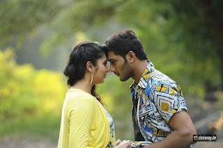 Marala-Telupana-Priya-Movie-Stills
