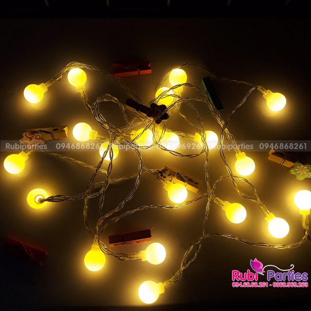 Den LED trang tri tai Tay Ho