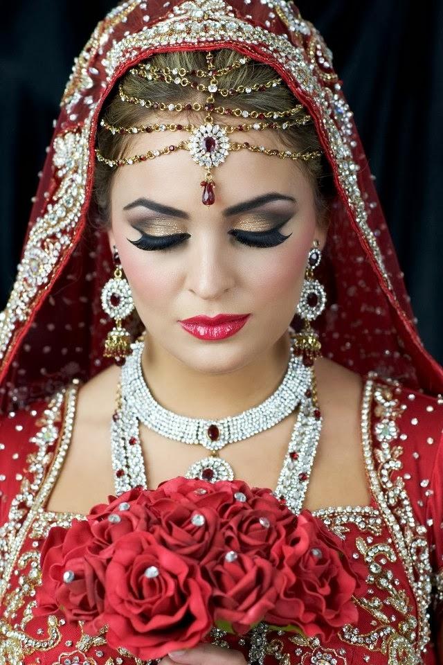 makeup bridal bride indian hair inspiration beauty malaysia pakistani arabic looks gorgeous asian mode cute jewellery jewelry pakistan steps easy