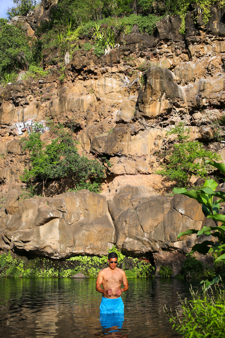 Leo Chan, Réunion, waterfall, menswear, summer look, travel guide