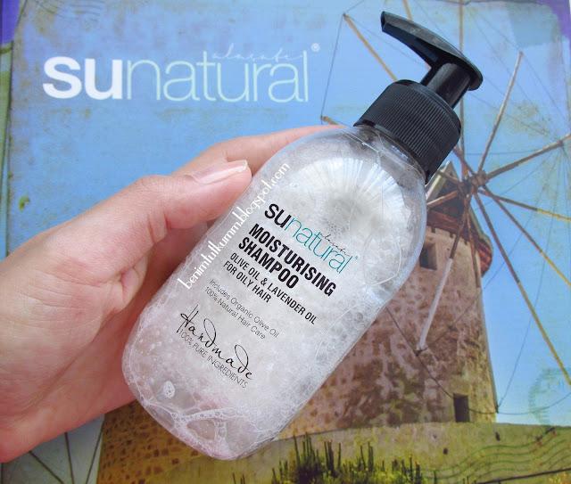 Sunatural Organik Zeytinyağı ve Lavanta Yağı İçeren Nemlendirici Şampuan
